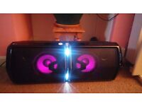 FOR SALE LG LOUDR FH6 Wireless Megasound Hi-Fi - Black- ONLY TWO MONTHS OLD, LIKE BRAND NEW,
