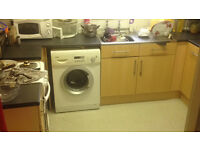 1BED FLAT HIGHFIELDS - FOR 1/2 BED FLAT/HOUSE