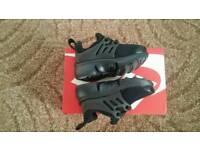 Nike Little Presto size 4.5