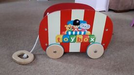 Pull along Toybox