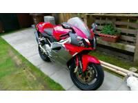 Aprilia rsv 1000cc not cbr gsxr ducati