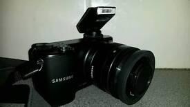 Samsung nx2000 mirroless camera