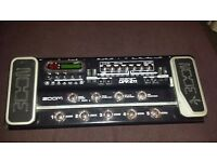 Zoom G9.2TT Effects pedal console. BROKEN can be used for parts or project.