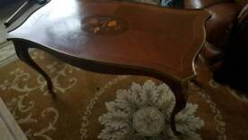 Wooden table for sale 5 pound
