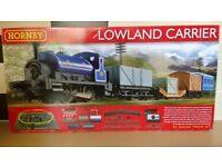 Hornby Lowland Carrier train set