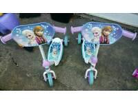 Elsa & Anna scooter