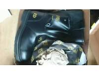 Mens work boots size 11