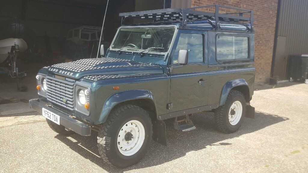 Land Rover Defender 90 2.2 Station Wagon