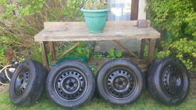4 x Michelin winter tyres 195/65R15 WITH RIMS 5-6mm Nitrogen filled