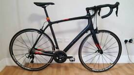 Trek Domane 4.3 2016 Full 105 58cm Carbon Road Bike Bicycle MINT CONDITION