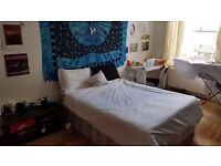***Spacious Double Room Kilburn *** available from 8/07. Couple or 2 friends