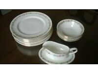Royal Albert 'Belinda' bone china, plates, bowls, gravy boat and stand