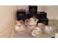 ROYAL DOULTON TEA SET BRAND NEW IN ORIG BOXES