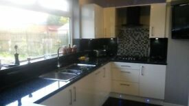 GLASGOW KITCHEN DIRECT CAN SUPPLY OR SUPPLY AND FIT YOUR NEW KITCHEN