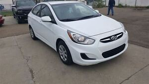 2014 Hyundai Accent GL | Easy Approvals! Call Today!