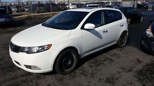 2012 Kia Forte5 SX CUIR TOIT OUVRANT MAGS