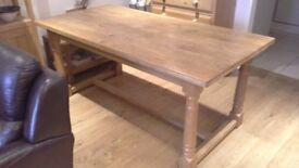 Dining table in solid light oak