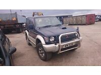 1998 MITSUBISHI SHOGUN, 2.8 DIESEL, BREAKING FOR PARTS ONLY, POSTAGE AVAILABLE NATIONWIDE