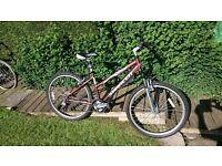 Girls/Ladies Saracen Mountain bike - Diva model - good condition - hardly used - Front suspension