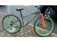 Mongoose Tyax jump bike