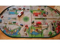 LARGE CAR MAT & 27 CARS ALL IN PERFECT CONDITION