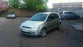 Ford fiesta 1.4 zetec (high spec) silver