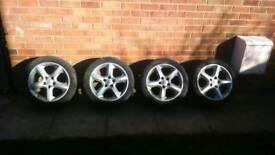 Vauxhall Sri Pentas 17s alloys