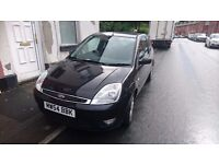 ford fiesta 2005 very low genuine mileage