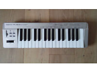 Roland PC-160A MIDI controller keyboard
