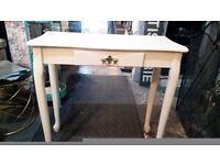 Console table/small desk £65 Ladbroke Grove, Shepherds Bush area or Streatham