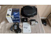 Genuine Sony HANDYCAM DCSR32E HDD 30GB + BAG