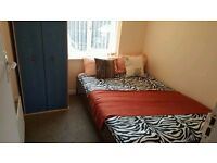 all inclusive ***medium room to rent in strathmore e ave luton /town £450 pm
