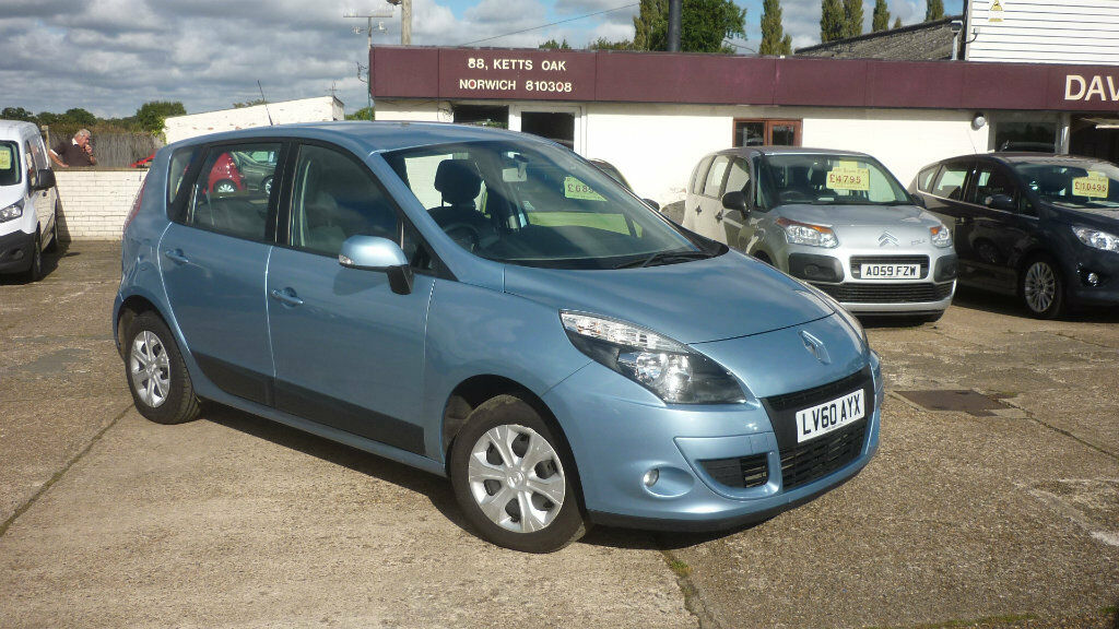 Renault Scenic 1 5 Dci Expression 5dr Blue 2010 In
