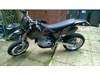 CCM 604 SUPERMOTO LOW MILES ONLY 4800 - MANY NEW PARTS