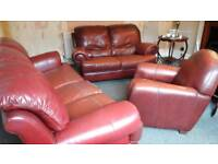 LEATHER SUITE FOR SALE (1×ARM CHAIR 1X 2 SEATER 1X3 SEATER)