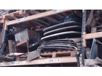 LAND ROVER SERIES PARTS & SPARES (JOB LOT ONLY), MANY ORIGINAL PARTS INCL WORKING 4 POST LIFT