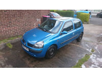Renault Clio 2002 1.2 16v, Good condition some scratches, 12 months MOT, All tyres 5 months old.