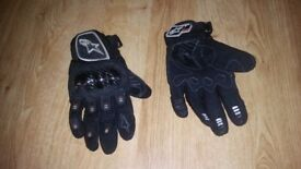 Motorcycle/ Motorbike Winter Gloves, Carbon Fiber Gloves, Padded Jacket