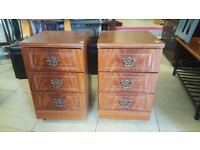 2X Drawers in Good Condition