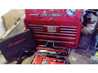 Snap on road chest. And some tools all snap on or blue point