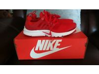 NIKE PRESTO TRAINERS RED - YOUTH 5.5 UK - NEW