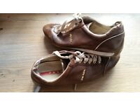 PRADA in leather original paid 2 years ago 330£!! only £ 14!!!! as seen size 37-38