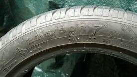 One tyre 225/50 R17