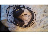 AKG K240 Studio Semi-Open Headphones perfect condition
