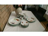 "Royal Worcester ""Evesham"" 24 piece set"