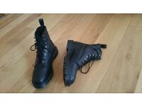 Dr Martens brand new black lace up boots - size 4