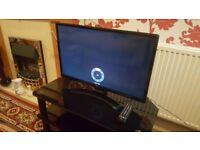 "LG 28"" LED TV HD JULY 2017 MODEL, EXCELLENT CONDITION, COMES WITH TABLE."
