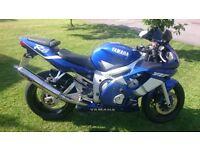 YAMAHA R6 2000YR 26100 MILES WHITE/BLUE