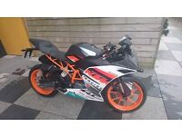 KTM RC390 with Racing Graphics Kit