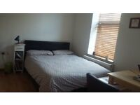 Fabulous studio flat with open plan kitchen near Vauxhall/Oval tube including gas and Wi-Fi.